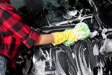泡で洗車するメリットとおすすめ洗車フォームガン5選!