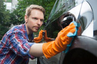 洗車では落ちないシミの取り方知りたいあなたへ。原因と除去法を解説