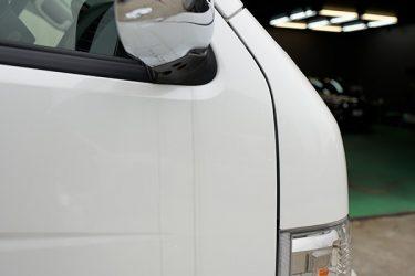 車の水アカの原因や除去方法は?イオンデポジットの対策手段