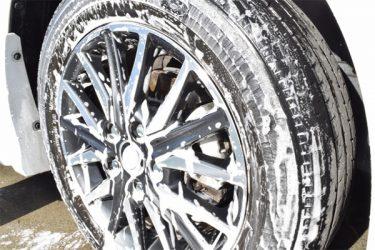 車のタイヤの正しい洗い方!長持ちさせるための洗浄方法を徹底解説